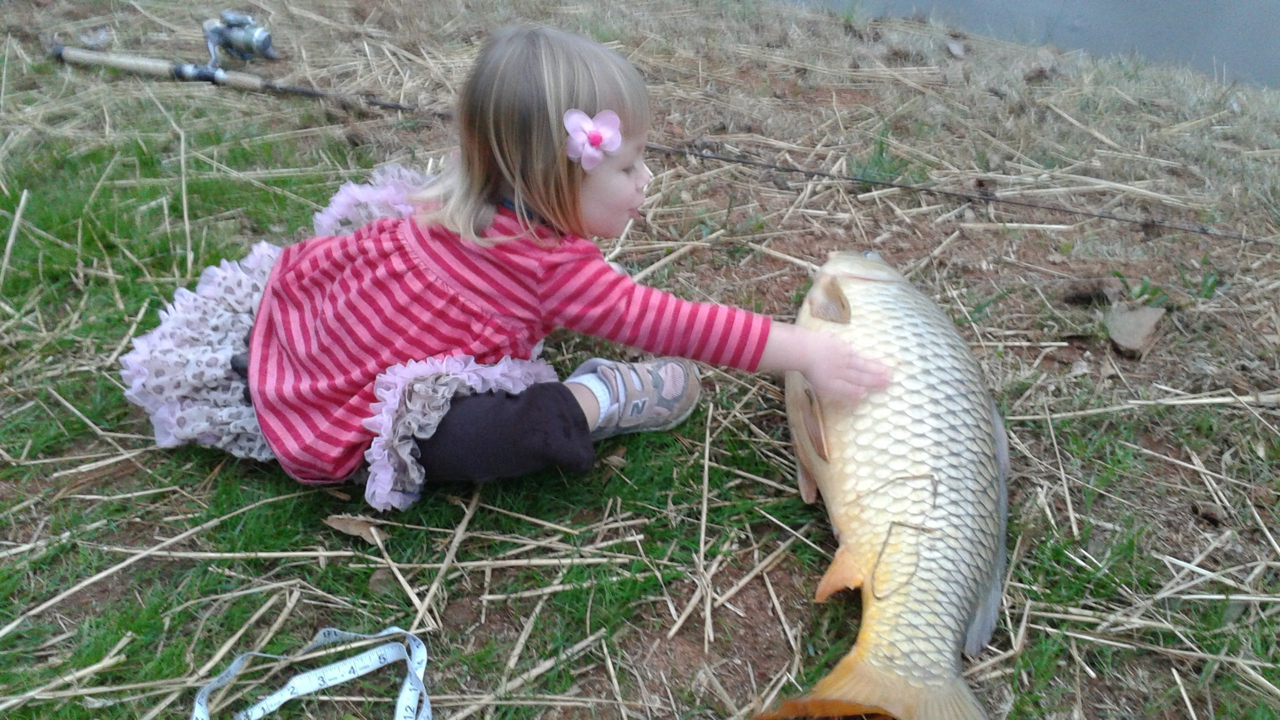 little-girl-with-15-pounder